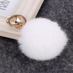 Висулка помпон за чанта - ключодържател от естествен косъм-бяла